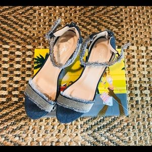 blue By Forever heels Shoes. ankle Strap
